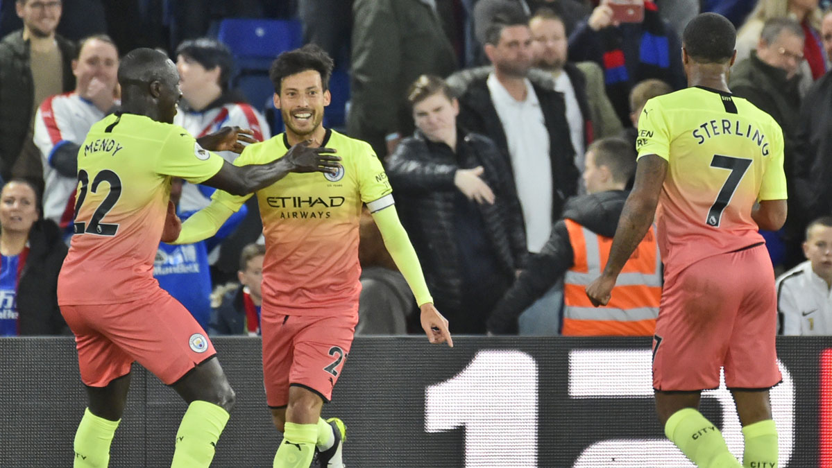 Premier League: City beat Palace to maintain pressure on Liverpool