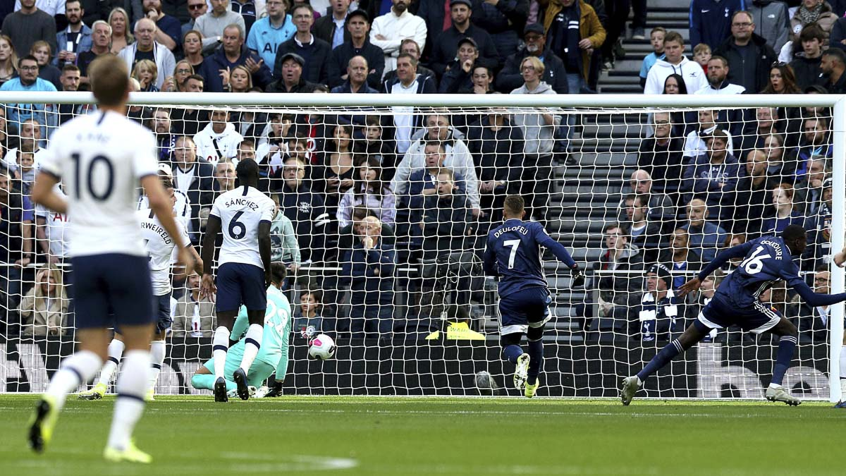 Alli's late equaliser gives Spurs 1-1 draw against Watford