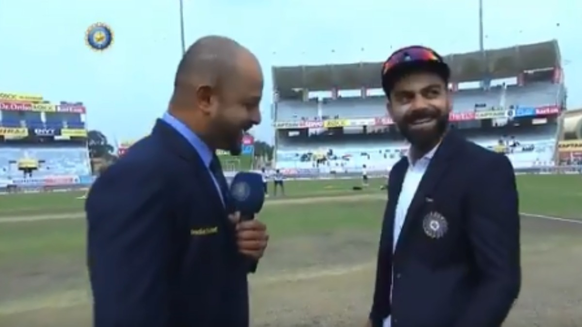 Watch: Virat breaks into laughter after Faf's proxy-skipper loses toss