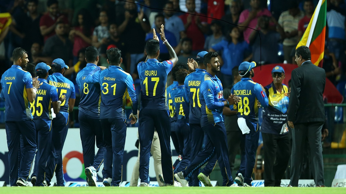 Select group of Sri Lanka cricketers to resume training on Monday, South Africa to follow suit