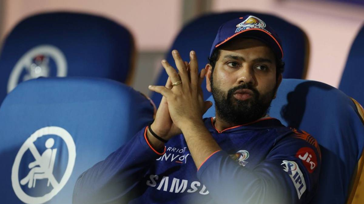 Sunil Gavaskar calls for 'transparency and openness' on Rohit Sharma's injury