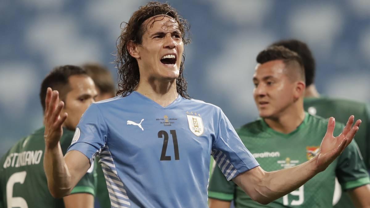 Uruguay beat Bolivia 2-0, advances to Copa America knockout